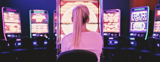 暴力団ヤクザのシノギ資金源 賭博<br> ミカジメ裏カジノが儲かる仕組み